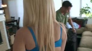 tenåring barmfager pornostjerne massasje