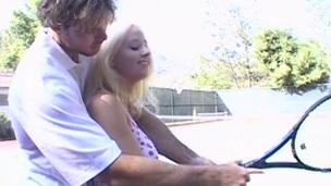 tenåring blonde dirty sjarmerende ludder