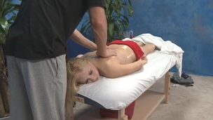 tenåring blonde massasje olje