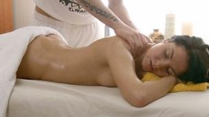 tenåring amatør massasje slikking olje