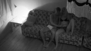 søt puling sofa kjønn kamera